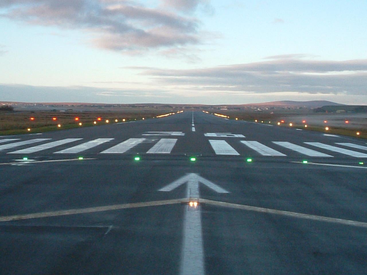 Stornoway_Airport_Runway