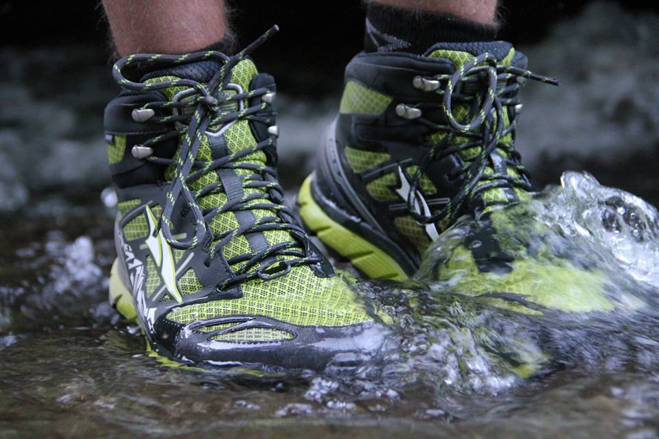 Altra LonePeak Mids 3.0 - Trail And